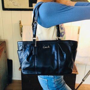 ♥️ Coach ♥️ Blue Leather Iridescent Shoulder Bag